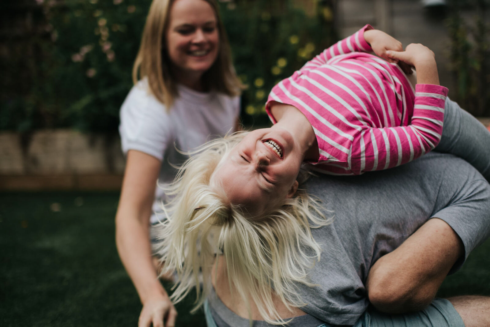 A natural professional family photoshoot with Rutland photographer
